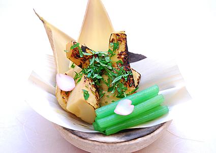 筍 こがし醤油宝楽木の芽焼き